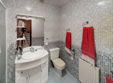 piso reformado mostoles baño aux.jpeg