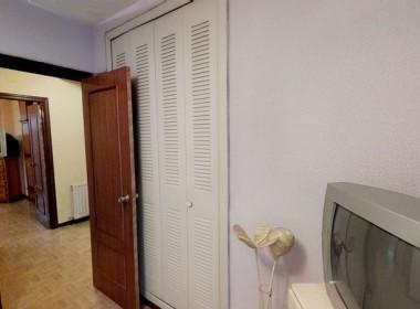 piso reformado mostoles dormitorio2 armario.jpeg